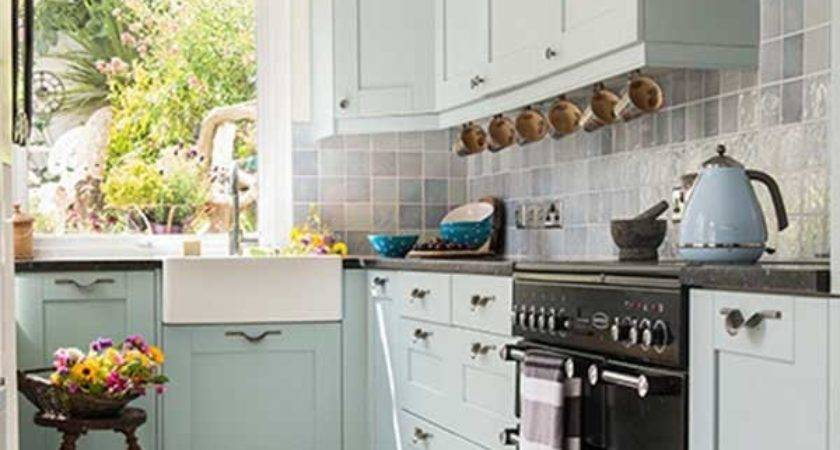 Small Galley Kitchens Designs