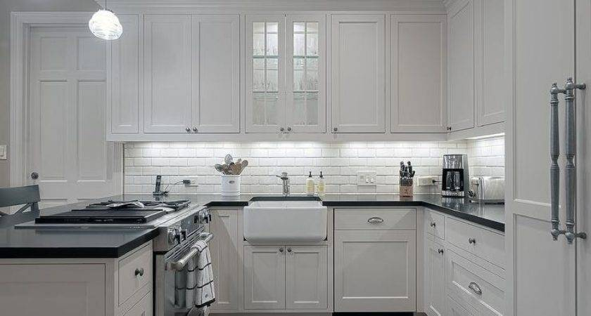 Small Shaped Kitchens Design Ideas