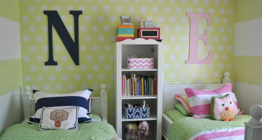 Suburbs Mama Shared Kids Room Take