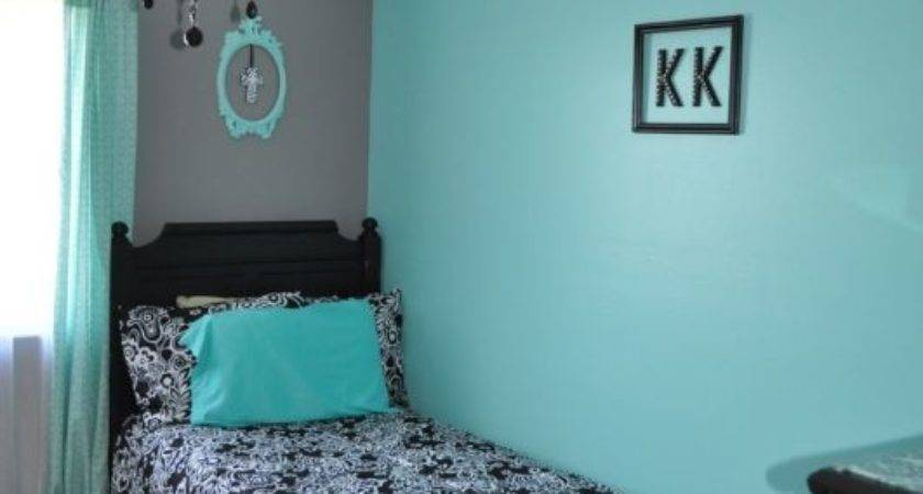 Teal Black White Bedroom Fashion Trends