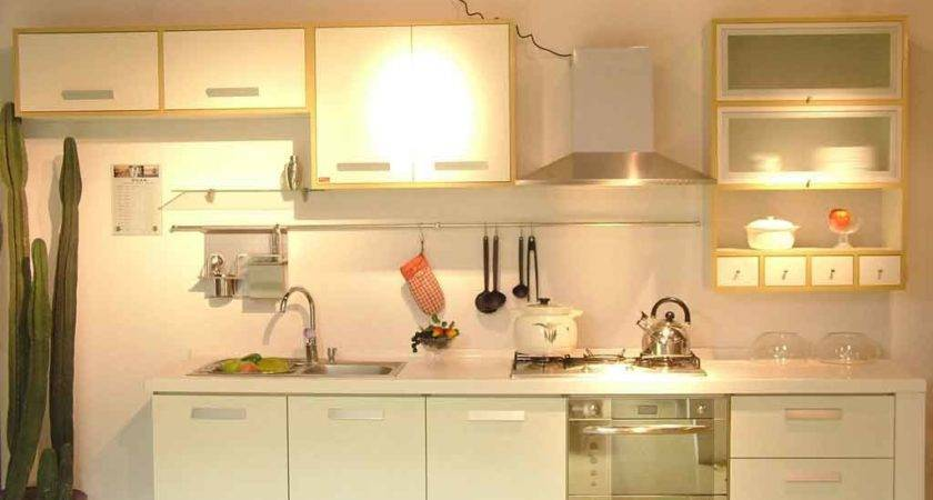 Tips Make Your Kitchen Wall Decoration Stand Out
