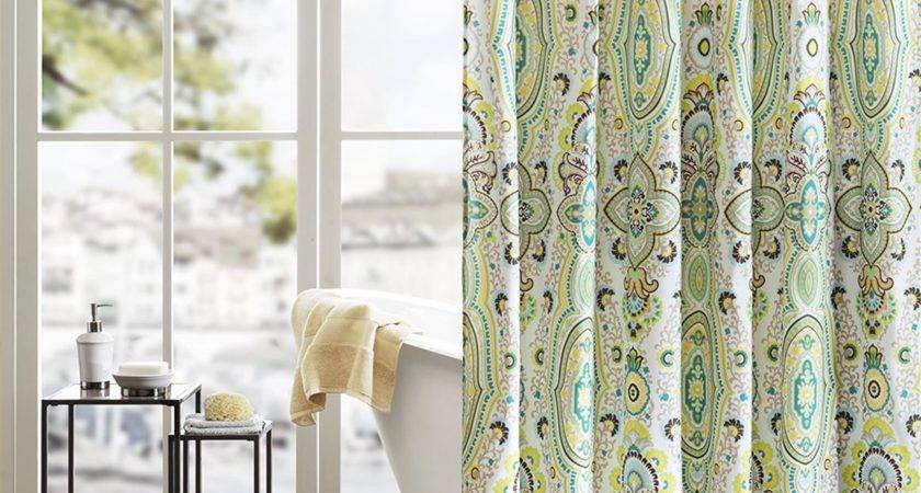 Unique Shower Curtains Give Your Bathroom Look