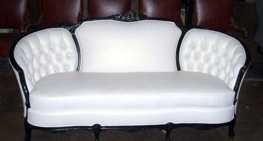 Victorian Couch Upholstery Refinishing