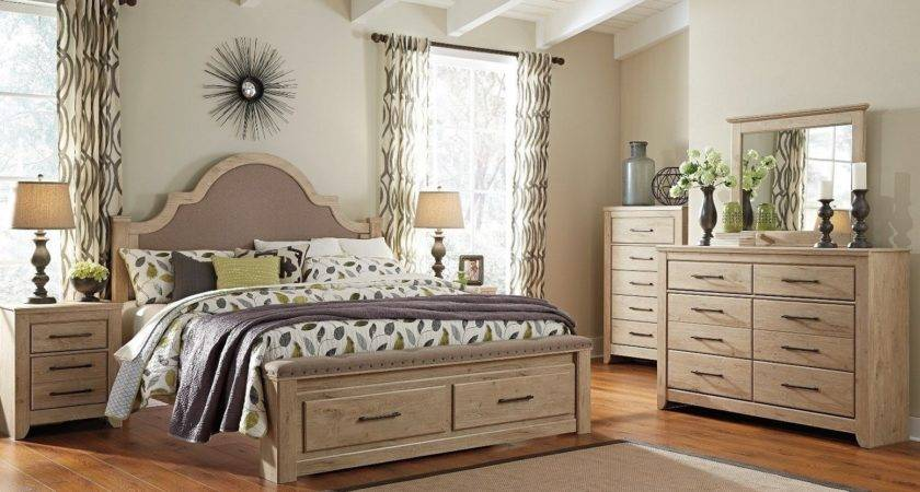 Vintage Style Bedroom Decorating Ideas Pics