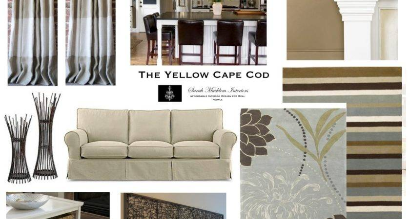 Yellow Cape Cod Choose Christmas Holiday