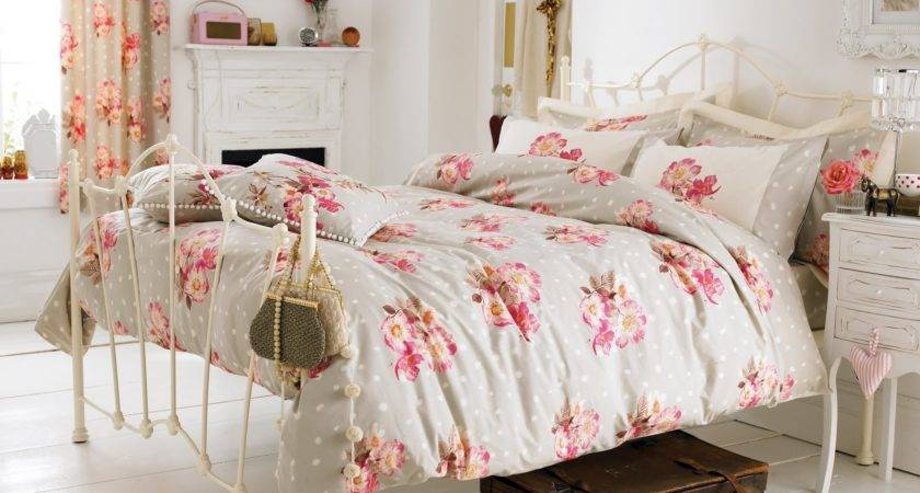 Young Lovely Adorable Vintage Esque Bedroom